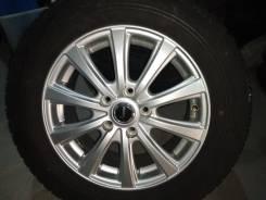 Литые диски в хорошем состоянии с резиной на 215/60 R16 .