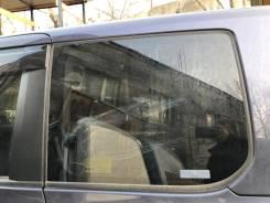Стекло собачника заднее левое + молди Toyota VOXY ZRR70 [AziaParts]