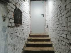 Помещение, цоколь, 75 м2, красная линия, центр города. Улица Карла Маркса 41, р-н Центральный, 75,0кв.м.