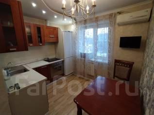 2-комнатная, улица Некрасова 12. Центральный, частное лицо, 51,5кв.м.