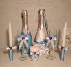 Свадебные бутылочки, бокалы и свечи