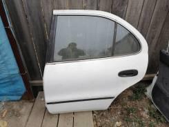 Дверь задняя Toyota Sprinter #e10 седан