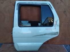 Дверь Nissan Terrano в сборе