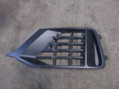 Решетка в бампер левая Audi Q8 2018> (4M8807681B)
