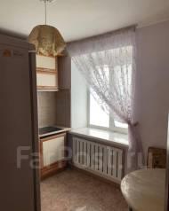 1-комнатная, улица Знамёнщикова 10. Кировский, агентство, 32,0кв.м.