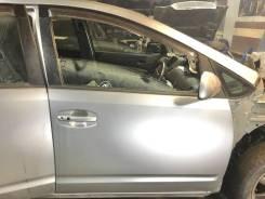 Дверь передняя правая Toyota Prius NHW20 2003-2011