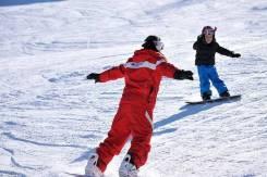 Инструкторы по лыжам, сноуборду.