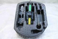 Ящик для инструментов Jeep Grand Cherokee WK2