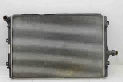 Радиатор основной Skoda Octavia A5 Yeti Superb VW Passat