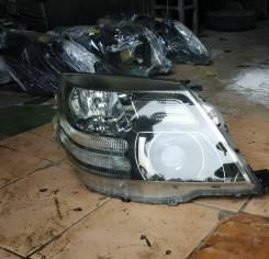 Фара правая Toyota Alphard 2005-2008