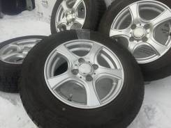 Фирменные литые диски Violento на шинах Dunlop 155/80R13