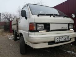 Toyota Lite Ace Truck. Продаётся грузовик Toyota LiteAce Track, 2 000куб. см., 1 000кг., 4x4