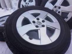 Оригинальные литые диски Toyota на шинах Yokohama 195/65R15