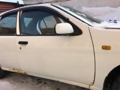 Дверь Nissan Pulsar, правая передняя