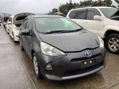 Дверь передняя Toyota Aqua NHP10 1NZ-FXE 1G3