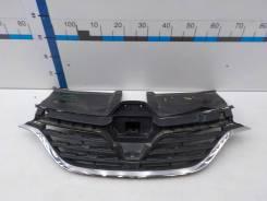 Молдинг решетки радиатора Renault Arkana 2019