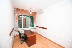 Сдаются небольшие студии 17 кв м в центре города. 17,0кв.м., улица Урицкого 61, р-н Центральный