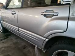 Дверь задняя левая Subaru Forester SF5 sti цвет 01G