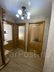 3-комнатная, улица Советская 154. 2-я поликлиника, частное лицо, 62,7кв.м. Прихожая