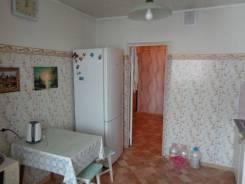 2-комнатная, улица Кирова 25. частное лицо, 52,0кв.м. Кухня