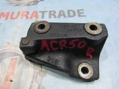 Кронштейн опоры двигателя правый Toyota Estima, ACR30 №2 12315-28090