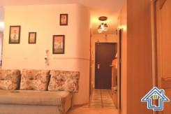 2-комнатная, улица Гамарника 15. Столетие, агентство, 56,0кв.м. Прихожая