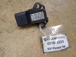 Датчик давления воздуха Volkswagen Passat B6