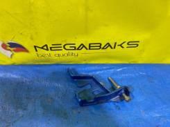 Упор тормозного цилиндра. Subaru Legacy, BL, BL5, BL9, BLD, BLE, BP5, BP9, BPE EE20Z, EJ20, EJ202, EJ204, EJ25, EJ253, EZ30, EZ30D, EZ30F, EJ201, EJ20...