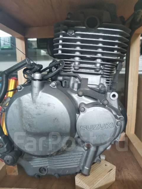 Двигатель Suzuki DR250R (SJ44A)