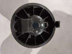 Вентилятор печки Nissan Leaf ZE1