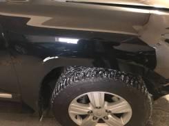 Продам крыло на Тойота ленд Крузер 200 2013года