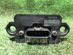 Датчик расхода воздуха Toyota 2220420010  Контракт.   Denso