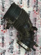 Патрубок воздушного фильтра Honda CR-V RD6 K24A (Б/У) Honda 17228PNBJ00