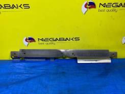 Дефлектор радиатора верхний. Subaru Legacy, BL5