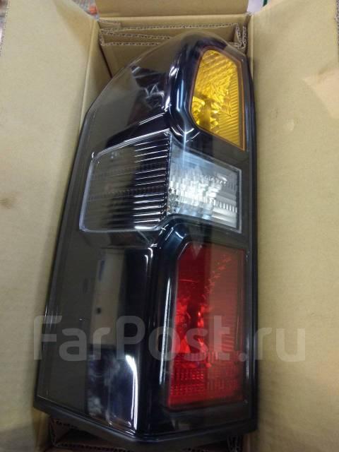 Фонари задние Y61 2005-н. в. с лампами трехцветные