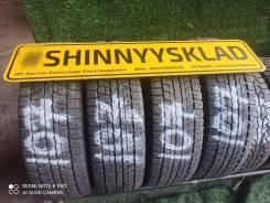 Dunlop SP Winter Ice 01, 215 70 16