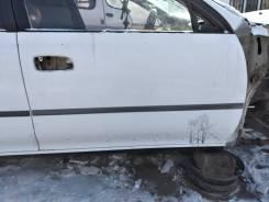 Передняя правая дверь Toyota Carina ST190