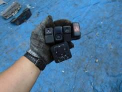 Кнопка кондиционера Mazda Bongo Friendee SGL5 WL-T