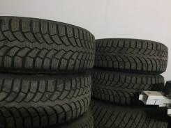 Bridgestone Blizzak Spike-01, 215 60 16