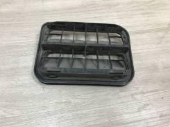 Решетка вентиляционная Renault Logan 1 с2004-2016г Логан 2008 [26085] 7700838358