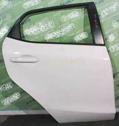 Дверь задняя Mazda Demio DE правая