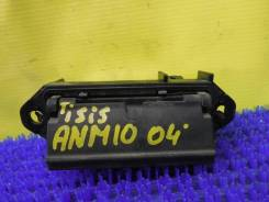 Ручка открывания багажника Toyota Isis ANM10W 69023-13010, задняя