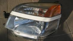 Фара левая Toyota Voxy