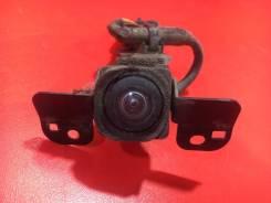 Камера переднего вида Infiniti Qx56 2003-2010 [284F11BA1E] JA60 VK56DE, передняя 284F11BA1E