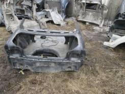Половина кузова Toyota Sprinter, задняя