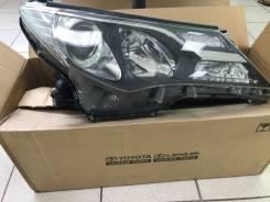 Фара Toyota Rav4, правая 8114542572