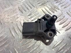 Датчик абсолютного давления воздуха Volkswagen Passat 2009 [038906051D] B6 1.8