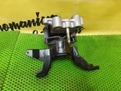 Подушка двигателя правая Toyota Prius ZVW30 2012г