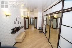 3-комнатная, улица Леонова 66. Эгершельд, проверенное агентство, 137,0кв.м. Прихожая