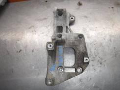 Кронштейн генератора Volkswagen Golf 2008 [06F903143F] PLUS BSE